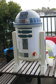 SW_Party_R2-D2_20150907_0030   by Christopher Yardin