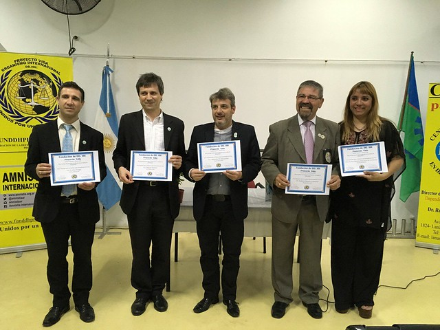 Argentina-2016-11-19-Argentinian Ambassadors for Peace Introduce 'Words as a Tool for Peace'