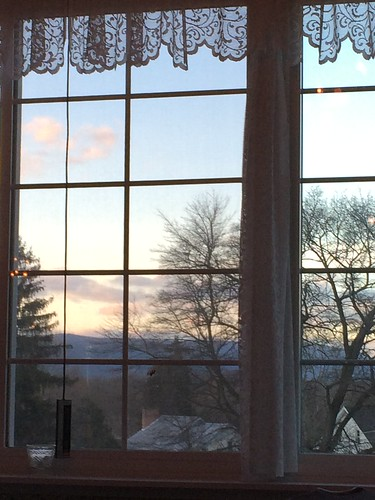 mercersburg pennsylvania mercersburginn window sunset