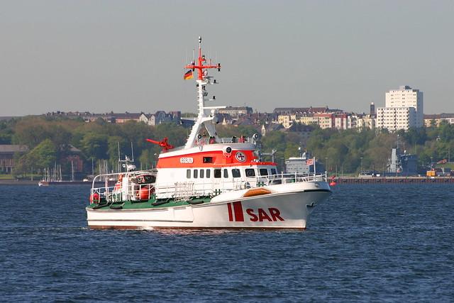 DGzRS: Seenotkreuzer BERLIN in der Kieler Förde vor Möltenort