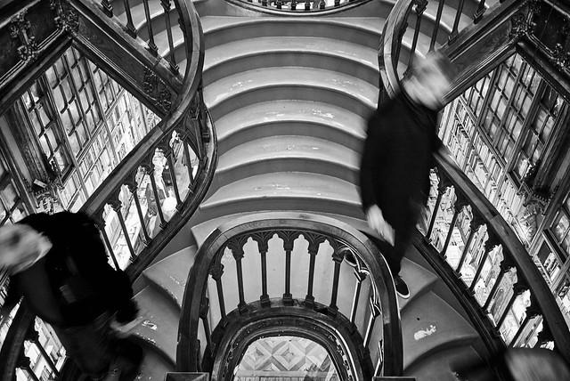 Staircase Livraria Lello e Irmão