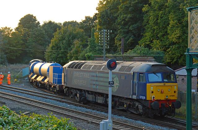 57009 Wymondham 20/10/15 - 6Z31  Dereham U.K.F to Stowmarket D.G.L
