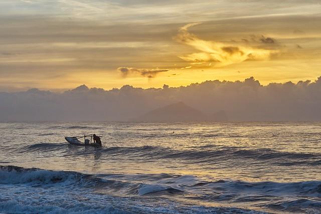 Dawn at Seacoast I-Lan,Taiwan---宜蘭海濱晨景.