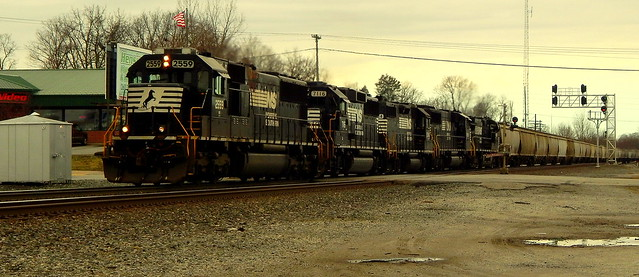 Five unit train at Kendallville Indiana