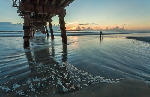 beach digital sunrise landscape pier florida daytonabeach fineartphotography canonef1740mmf4l canon5dmkii samuelsantiago sunglowfishingpier sammysantiago