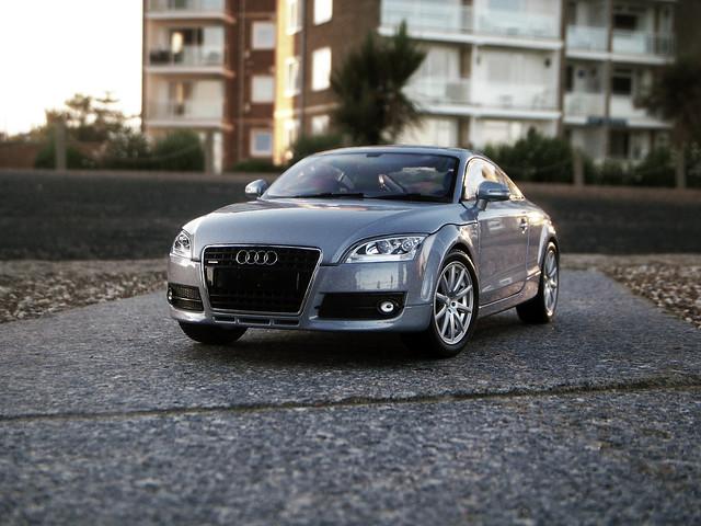 2007 Audi TT MKII 1:18 Diecast by Minichamps