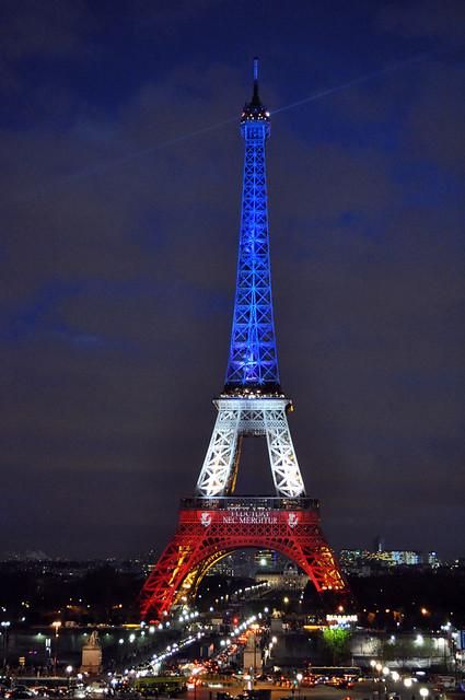 EIFFEL TOWER  PARIS honor our victims