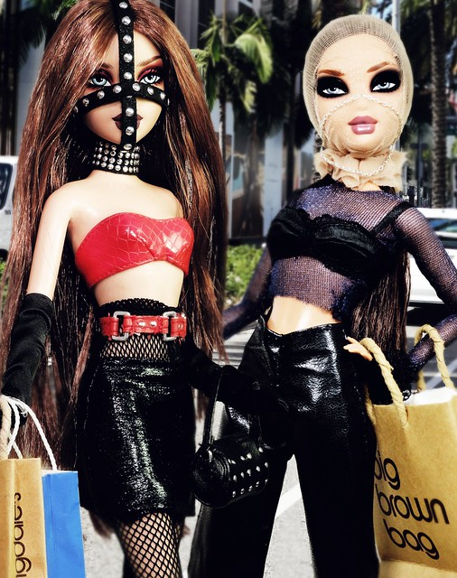 Modeling Madness Special Edition (Episode 4): Shopping Partners- Lisa and Nashé