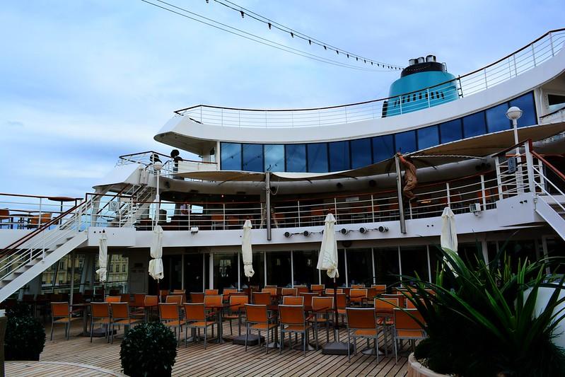 Jupiter Bar et Pont Piscine Jacuzzi - Visite du paquebot AMADEA - Bordeaux, 16 septembre 2015