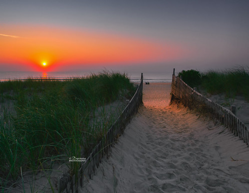 ocean beach sunrise photography sand orleans path massachusetts sandy entrance newengland coastal cape sunrises cod breathtaking nauset beachentrance newenglandphoto newenglandbeachscenes sunrisenausetbeachorleansma2015