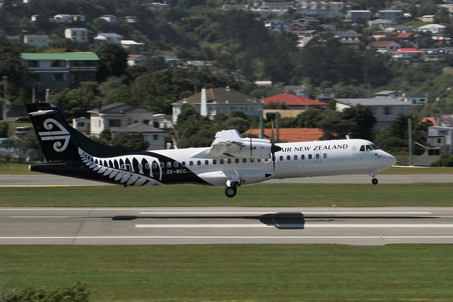 Mount Cook Airways Link Air ATR 72-500 ZK-MCC