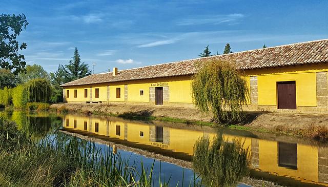 Canal on the Camino de Santiago near Fromista