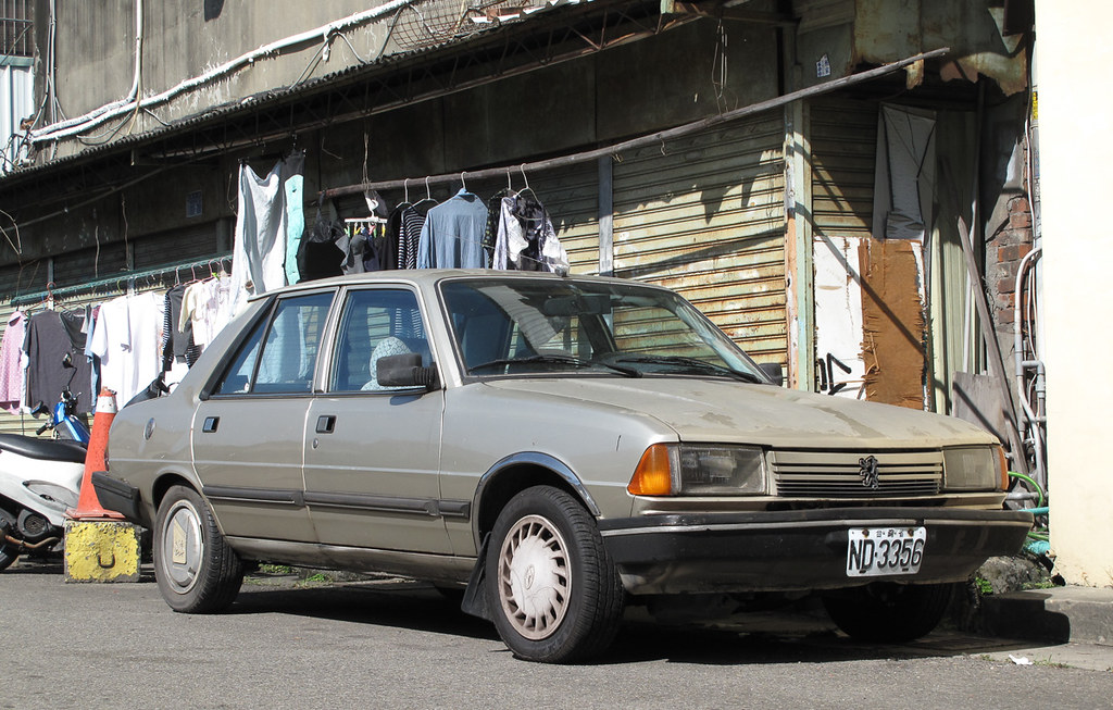 Peugeot 305 Place Taichung The Peugeot 305 Was Locally Pr Flickr