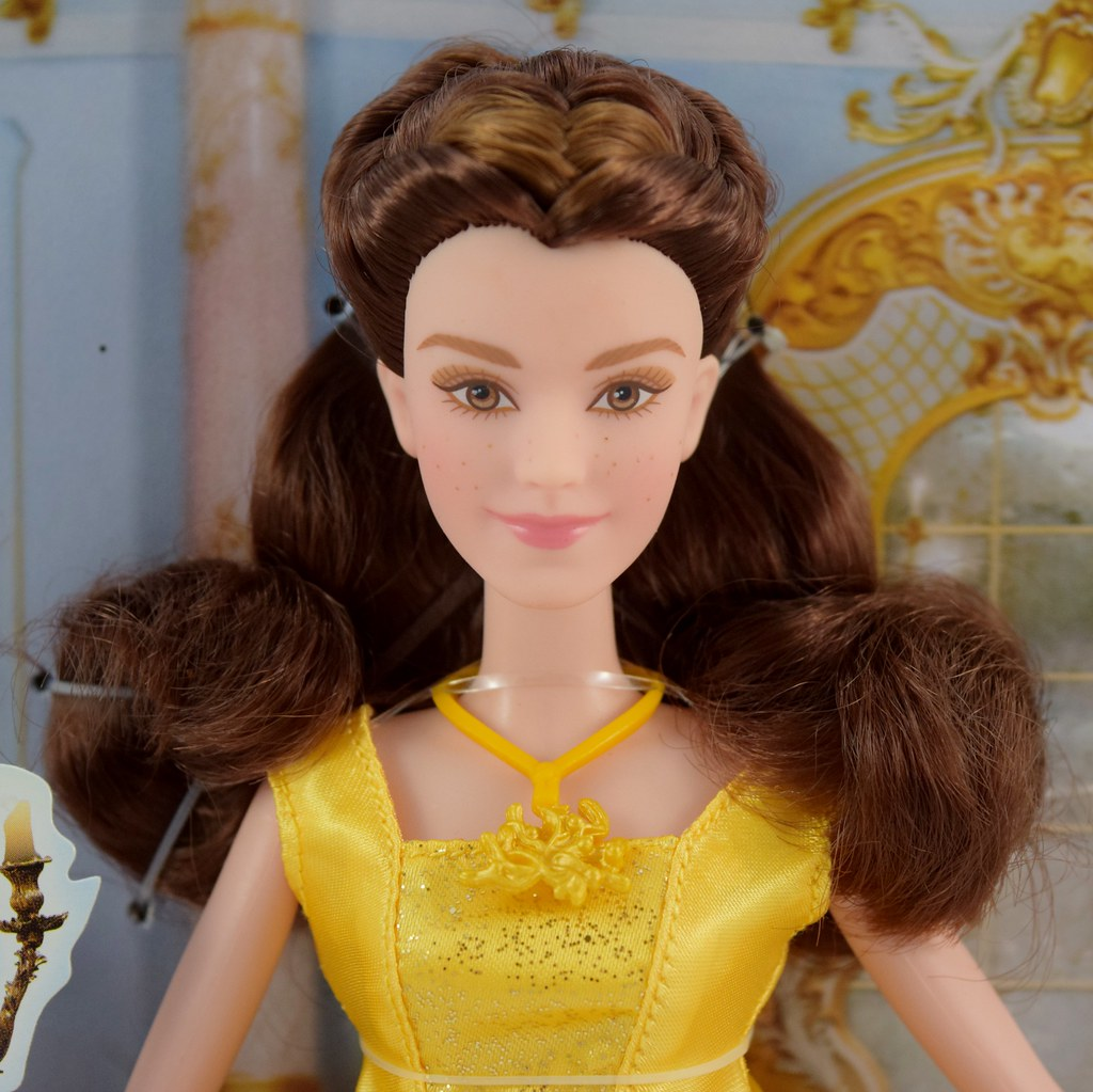 Disney Beauty and the Beast Enchanting Melodies Belle Doll Singing New Package