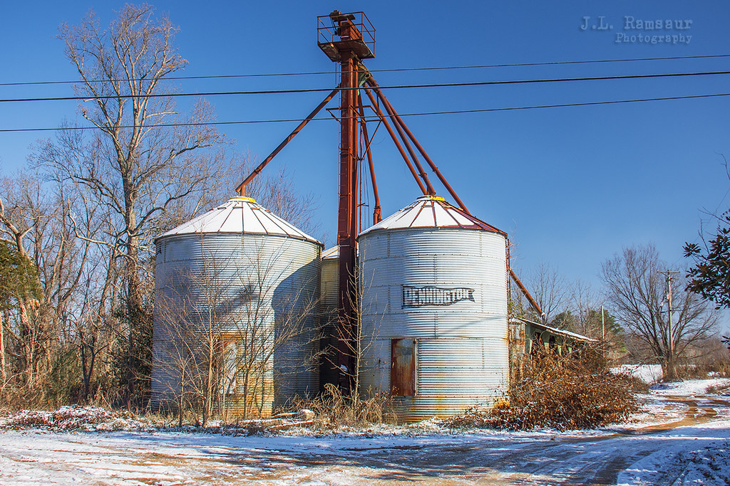 Winter Grain Storage | Old, rusty grain storage bins waiting… | Flickr