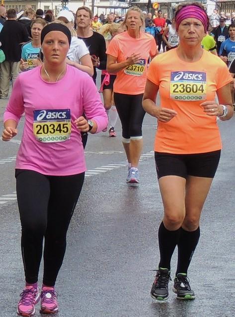 Colourful marathon ladies