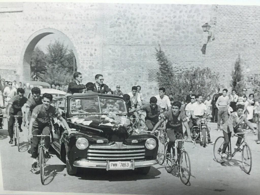 Recibimiento a Bahamontes el 20 de septiembre de 1959 tras ganar el Tour de Francia