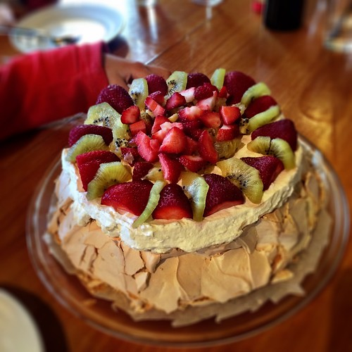 The. Best. Ever. Pavlova. | by miaow