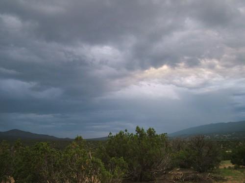 sky storm mountains newmexico evening paula thunderstorm sandia darksky jemez sandiapark paulena sanpedrooverlook