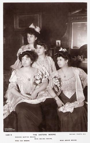 Eva, Decima, Bertha and Jessie Moore
