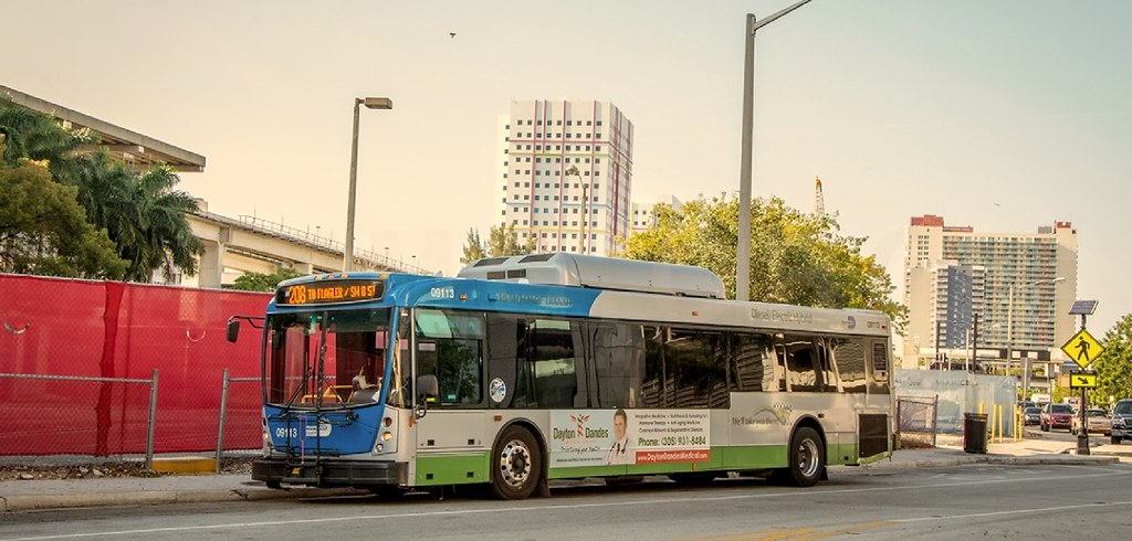 miami dade transit no. 09113 route 208 to flagler/sw 8 st