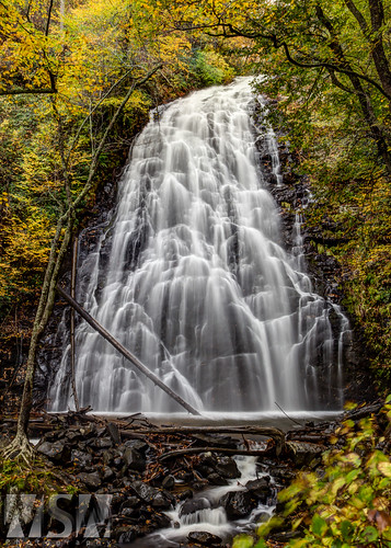 longexposure usa mountains waterfall cloudy hiking trails northcarolina hike falls trail polarizer blueridgeparkway crabtreefalls