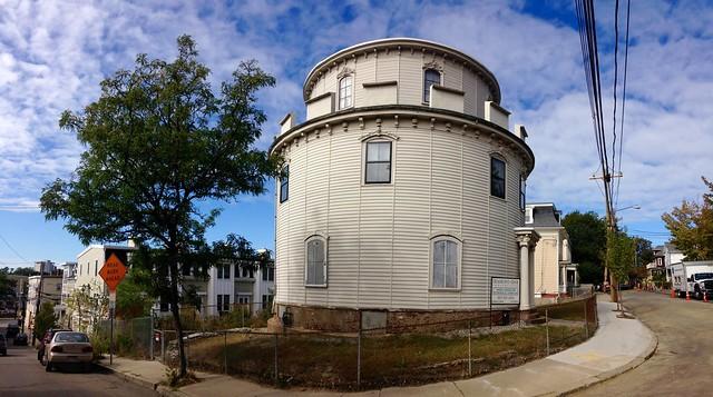 Somerville Round House