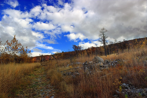 autumn sky mountains grass clouds landscape hiking pennsylvania path hills trail creativecommons bluemountain appalachianmountains walkingpath stratocumulus kittatinnymountain carboncounty lehighgap lehighgapnaturecenter