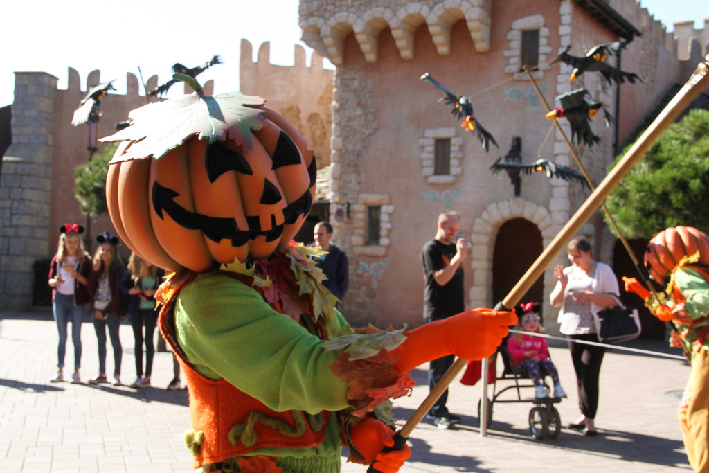 Halloween Traditie.Halloween Season 2015 Disneyland Paris 0321 Bert Snyers Flickr