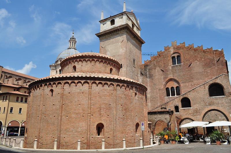 Rotonda di San Lorenzo (XIe), Mantoue, province de Mantoue, Lombardie, Italie.