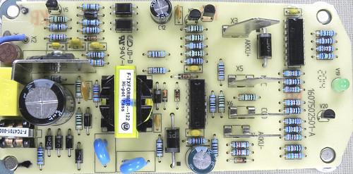 Carregador Bosch AL1814V
