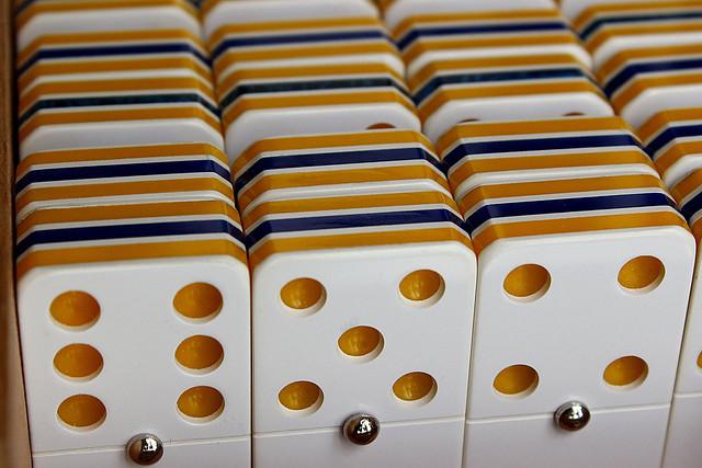 dominó-domino-dominos-dominoes-ドミノ-Домино.
