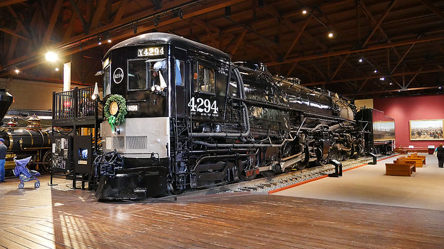 Southern Pacific 4294 Steam Locomotive