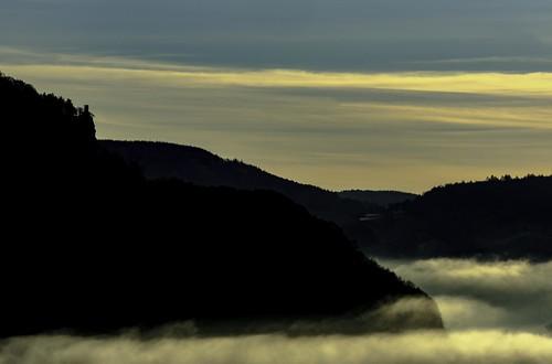sky clouds sunrise scotland sony perth alpha kinnoullhill