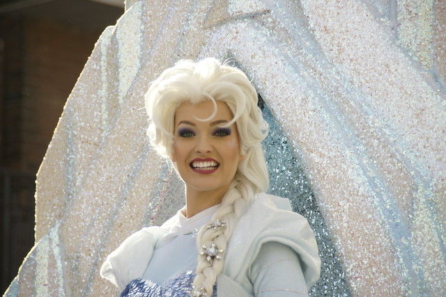 Elsa on Frozen Float