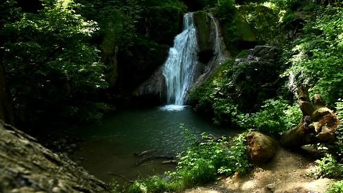 loveh waterfall wasserfall golestan iran persia persien frühling spring video clip landschaft landscape