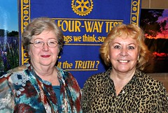 JJ Jolliff (right) welcomed Mary George Smith to lunch. Mary George is the sister of the late Jake Jolliff.