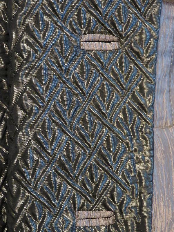 matelasse taffeta bound buttonholes