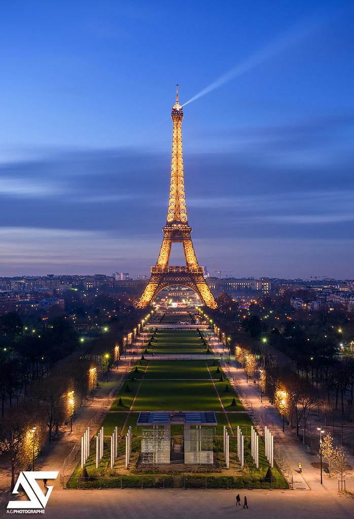 Champ-de-Mars & Tour Eiffel | Champ-de-Mars & Tour Eiffel ...