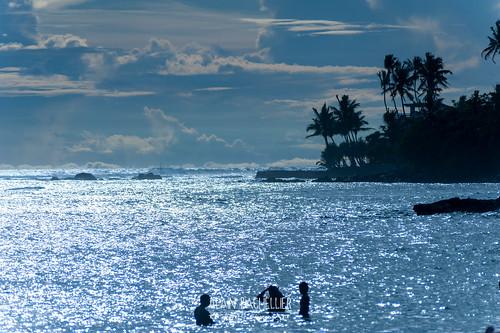 voyage trip travel sunset beach getty srilanka plage matara polhena