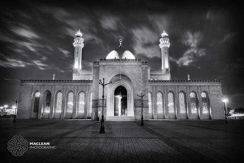 longexposure blackandwhite mono bahrain mosque fujifilm manama alfateh xt1 fujinonxf1024mmf4rois