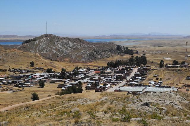 Capachica village
