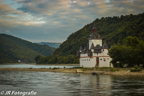 sunset summer sun reflection castle nature water architecture river germany de island woods wasser outdoor events places rhine rhein burg rheinlandpfalz autofocus kaub rhinelandpalatinate pfalzgrafenstein