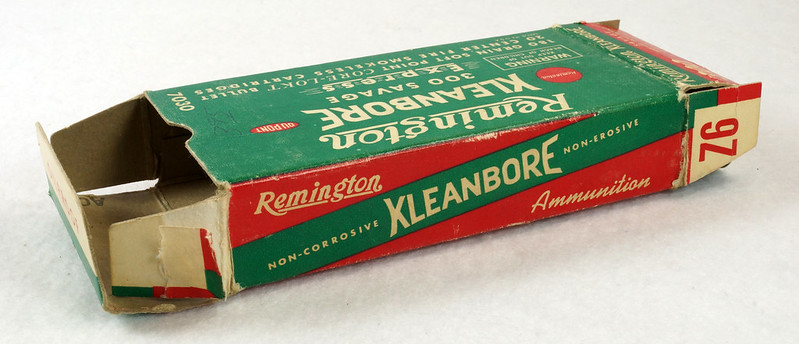 RD14570 Vintage Remington Kleanbore 300 Savage Express 180 Gr. Soft Point Ammo Box with 20 Empty Brass Casings DSC07002