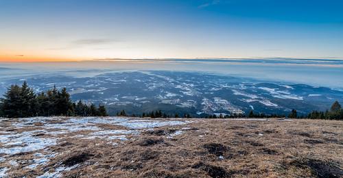hdr landscape landschaft mountains panorama sonnenaufgang sunrise winter blue color dawn fog forest grass horizon outdoor