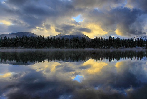 light lake reflection clouds dawn highway san colorado juan silverton route dollar million skyway molas 550