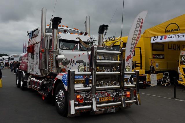 NL - Peterbilt >Jet-Truck<