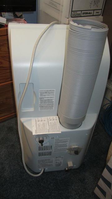 IMG_1676 Sharp portable air conditioner CV-P10PC