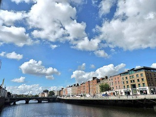 There really is nothing at all like a sunby Dublin day 😍  #dublin #EnjoyYourCity #clouds #sky #architecture   by tweetymonkey