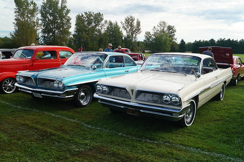 1961 Pontiac Bonneville X2 | by Crown Star Images